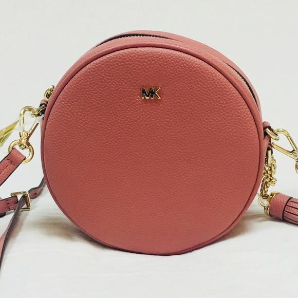 f0160f7acbd2ae Michael Kors Bags | Nwt Pebbled Leather Canteen Crossbody | Poshmark